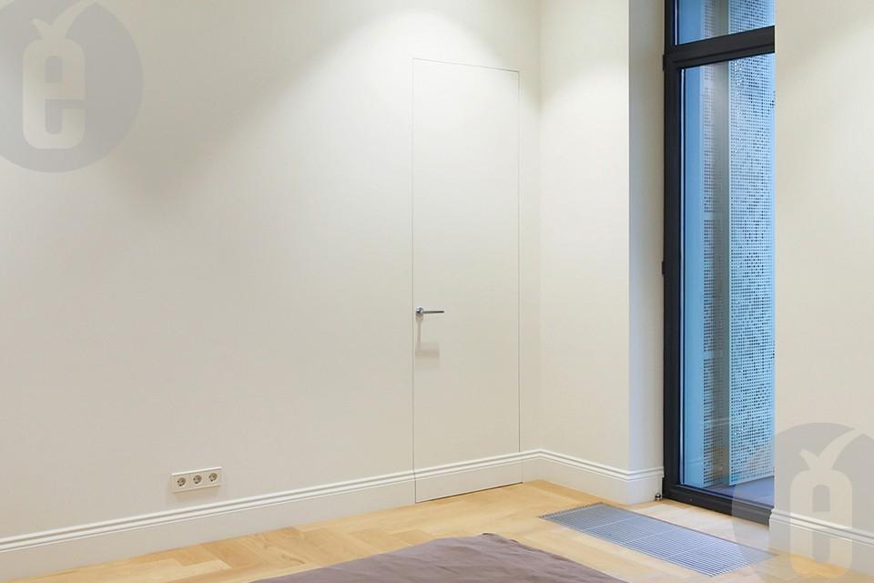 Скрытые двери для гардеробной и кладовки