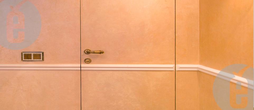 Скрытые двери в туалет и ванную