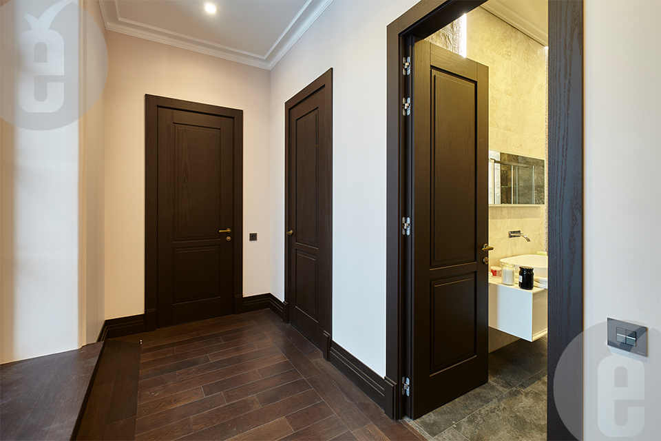 Скрытая дверь под покраску для классического интерьера