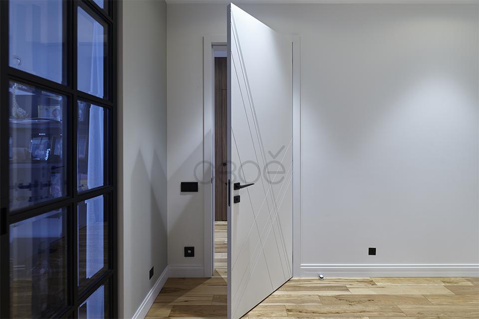 Двери с наличниками