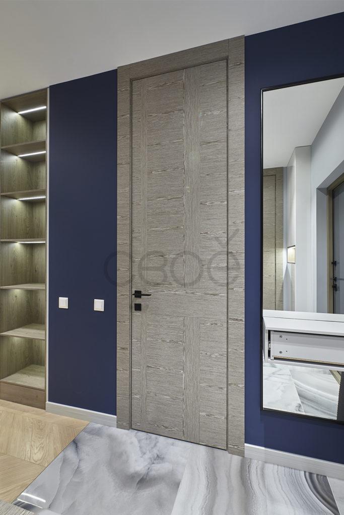 Двери в шпоне со скрытыми петлями