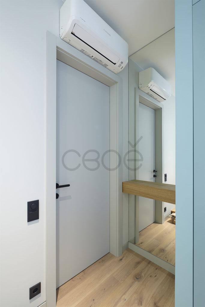 Дверь с наличником