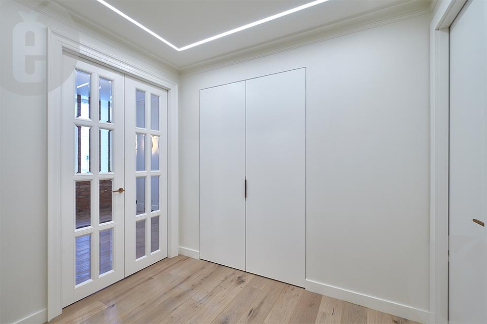 Универсальные двери-невидимки для разных типов помещений