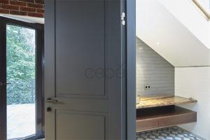 Стеновые панели на заказ с встроенной скрытой дверью